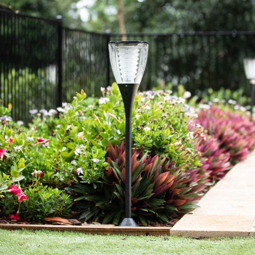 rain-proof garden solar light along swimming pool perimeter