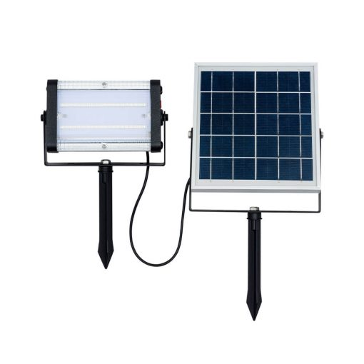 solar party light being used at music festival